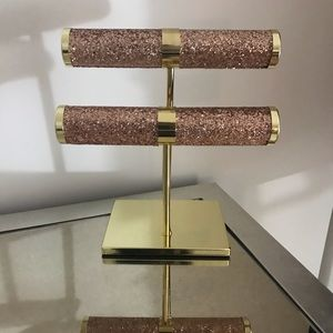 Other - Pink & Gold Jewelry Stand